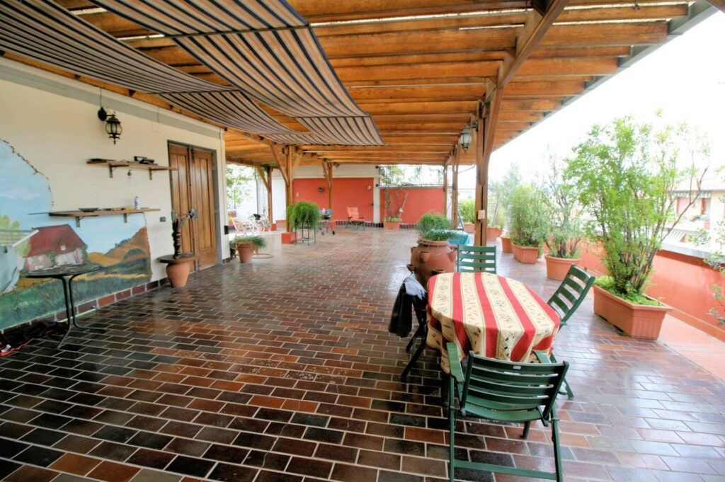 1251-Bellissimo attico con ampia terrazza-Pistoia-1 Agenzia Immobiliare ASIP