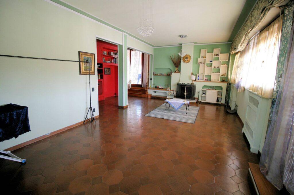 1251-Bellissimo attico con ampia terrazza-Pistoia-3 Agenzia Immobiliare ASIP