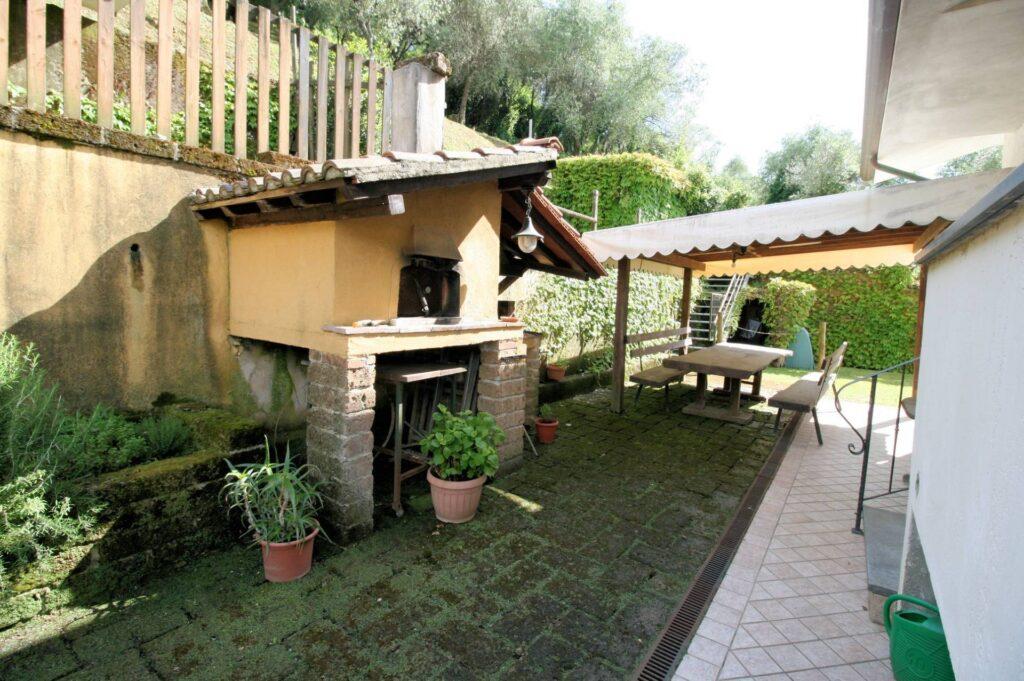 1252-Graziosa villa singola di ampia metratura con vista panoramica  e giardino-Camaiore-19 Agenzia Immobiliare ASIP