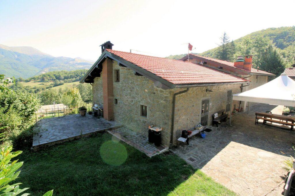 1265-Prestigioso complesso agrituristico sito in un'oasi di pace ed assoluta bellezza naturalistica-San Marcello Piteglio-7 Agenzia Immobiliare ASIP
