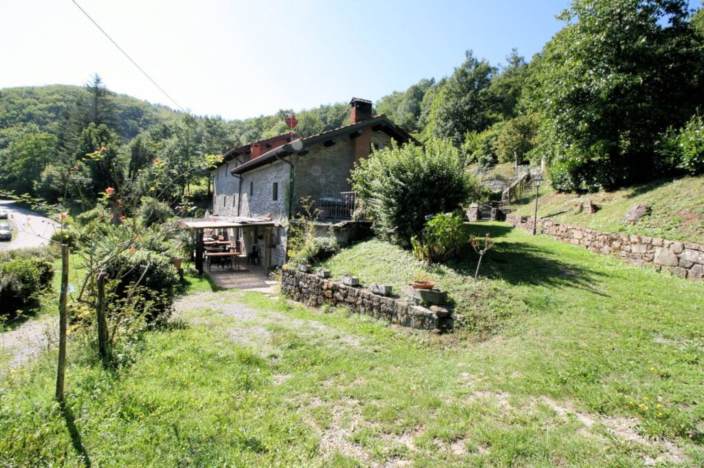 1265-Prestigioso complesso agrituristico sito in un'oasi di pace ed assoluta bellezza naturalistica-San Marcello Piteglio-11 Agenzia Immobiliare ASIP