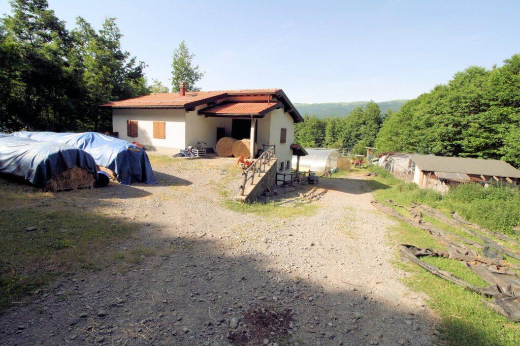 1265-Prestigioso complesso agrituristico sito in un'oasi di pace ed assoluta bellezza naturalistica-San Marcello Piteglio-13 Agenzia Immobiliare ASIP