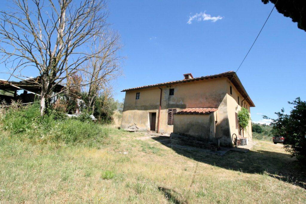 1269-Casa indipendente da ristrutturare con ampio uliveto-Quarrata-4 Agenzia Immobiliare ASIP
