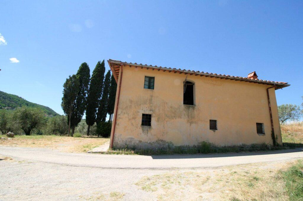 1269-Casa indipendente da ristrutturare con ampio uliveto-Quarrata-6 Agenzia Immobiliare ASIP